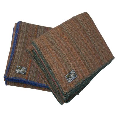 Double bed wool blanket swatch