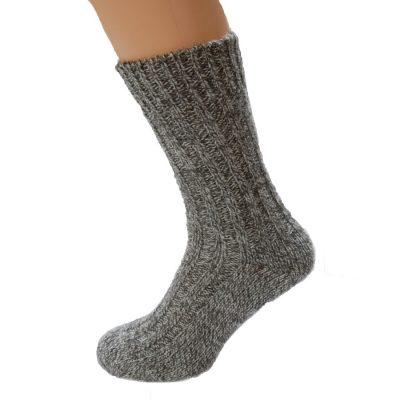 Thick wool socks in natural undyed wool