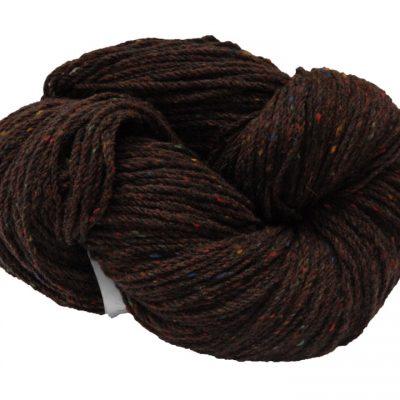 Hank of knitting wool chestnut