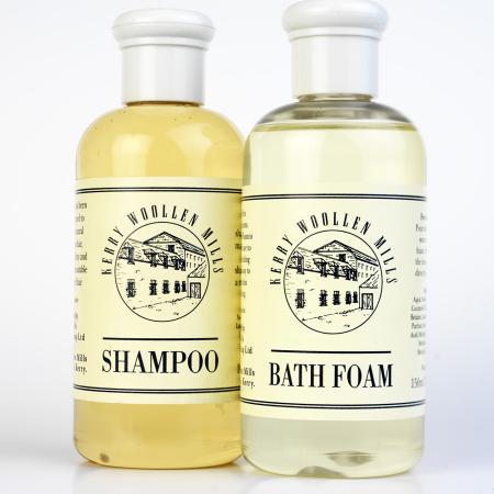 body shampoo and bath foam made with gentle lanolin form sheeps wool