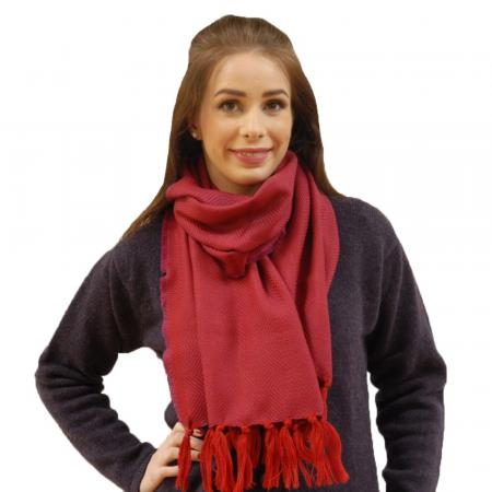 scarf-pink-red-twill-model