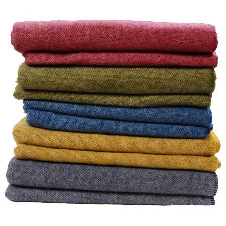 blanket stack wool emlagh